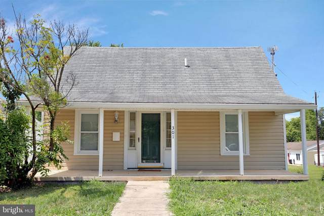301 S Mont Valla Avenue, HAGERSTOWN, MD 21740 (#MDWA173876) :: RE/MAX 1st Realty
