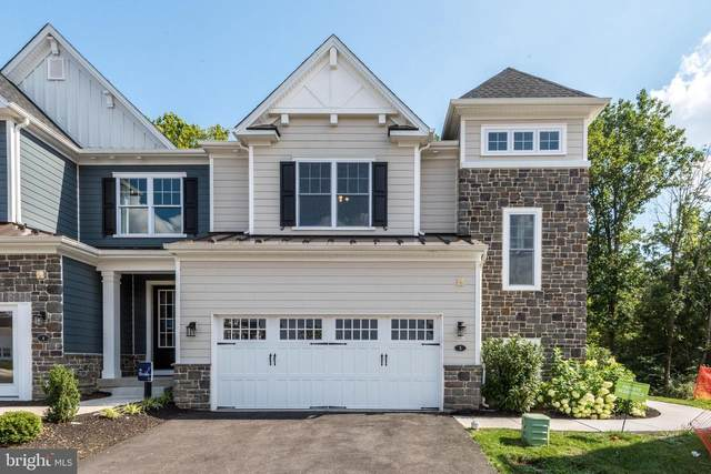5 White Field Court, AMBLER, PA 19002 (#PAMC659218) :: The John Kriza Team
