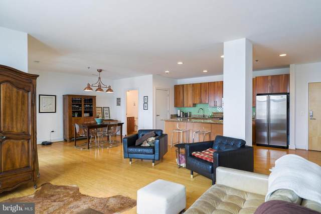 2772 Lighthouse Point East #300, BALTIMORE, MD 21224 (#MDBA519698) :: Jim Bass Group of Real Estate Teams, LLC