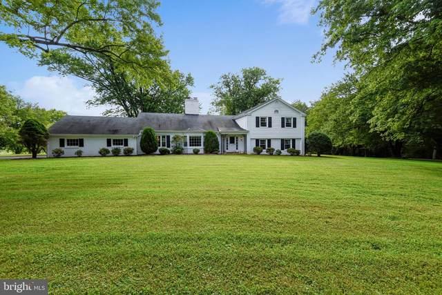 6405 Stallion Road, CLIFTON, VA 20124 (#VAFX1146884) :: Bruce & Tanya and Associates