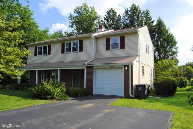 1582 Chalk Avenue, BLUE BELL, PA 19422 (#PAMC659288) :: ExecuHome Realty