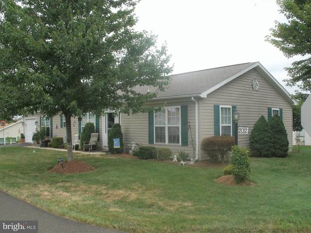 2012 Highland Court, NORTH WALES, PA 19454 (#PAMC659296) :: ExecuHome Realty