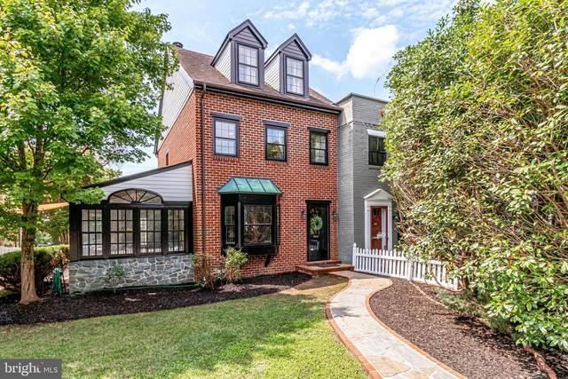 902 Green Street, ALEXANDRIA, VA 22314 (#VAAX249490) :: The Riffle Group of Keller Williams Select Realtors