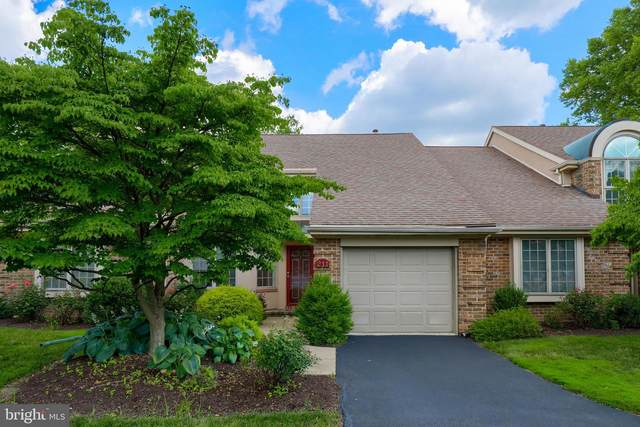 211 Willow Valley Drive, LANCASTER, PA 17602 (#PALA168082) :: The Joy Daniels Real Estate Group