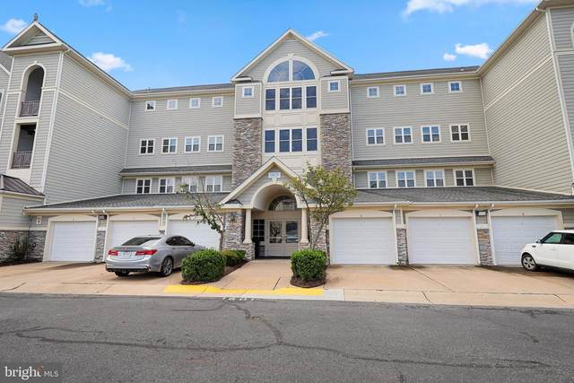 1601 Ladue Court #104, WOODBRIDGE, VA 22191 (#VAPW501762) :: Debbie Dogrul Associates - Long and Foster Real Estate