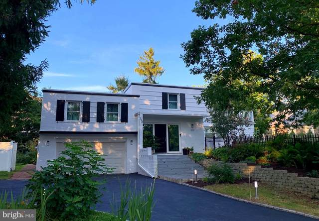 315 Gypsy Lane, WYNNEWOOD, PA 19096 (#PAMC659446) :: The Lux Living Group