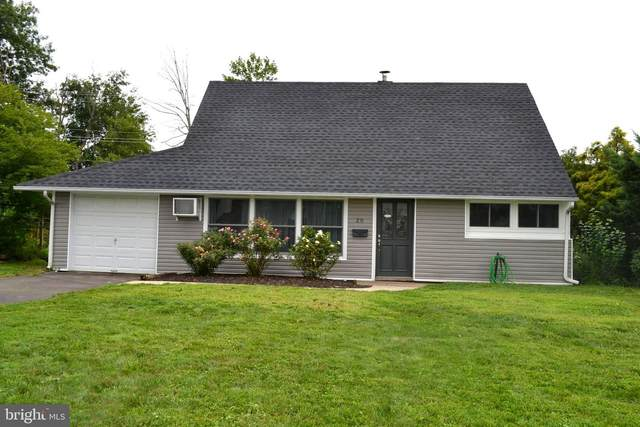 20 Towpath Road, LEVITTOWN, PA 19056 (#PABU503868) :: The Toll Group