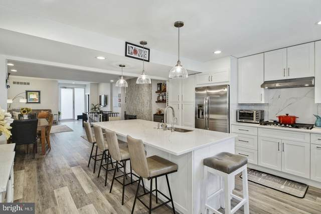 235 Catharine Street, PHILADELPHIA, PA 19147 (#PAPH923416) :: The Lux Living Group