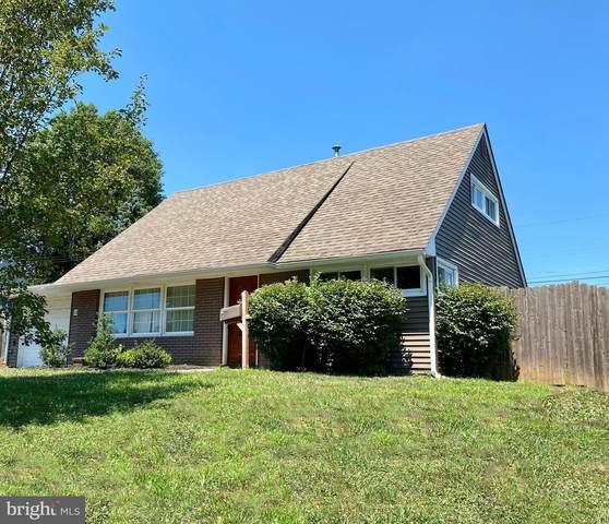 10 Coral Rock Road, LEVITTOWN, PA 19057 (#PABU503990) :: Tessier Real Estate