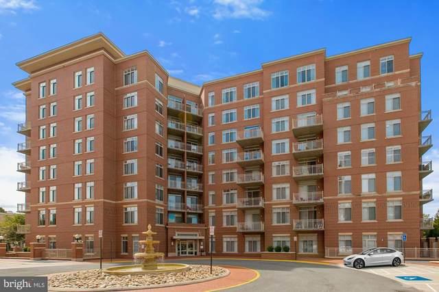 4490 Market Commons Drive #701, FAIRFAX, VA 22033 (#VAFX1147526) :: The Putnam Group