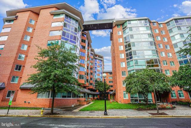 1024 N Utah Street #327, ARLINGTON, VA 22201 (#VAAR167662) :: The Licata Group/Keller Williams Realty