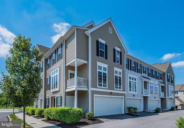 3038 E Meridian Commons, MECHANICSBURG, PA 17055 (#PACB126698) :: The Heather Neidlinger Team With Berkshire Hathaway HomeServices Homesale Realty