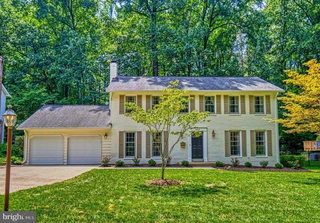 8415 Frost Way, ANNANDALE, VA 22003 (#VAFX1148202) :: John Lesniewski | RE/MAX United Real Estate
