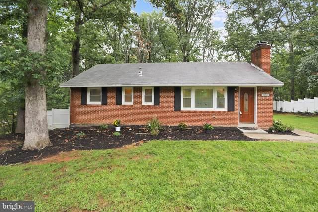 5717 Oak Hill Place, ALEXANDRIA, VA 22310 (#VAFX1148636) :: Pearson Smith Realty