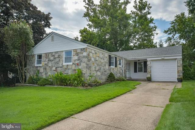9712 Beacon Road, PHILADELPHIA, PA 19115 (#PAPH925814) :: Linda Dale Real Estate Experts