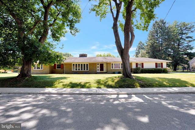 1694 Wilson Avenue, CHAMBERSBURG, PA 17201 (#PAFL174660) :: Liz Hamberger Real Estate Team of KW Keystone Realty