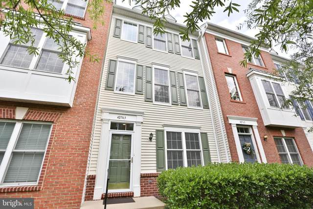 42763 Longworth Terrace, CHANTILLY, VA 20152 (#VALO419224) :: Debbie Dogrul Associates - Long and Foster Real Estate