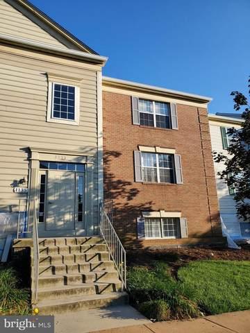 1135 Huntmaster Terrace NE #102, LEESBURG, VA 20176 (#VALO419236) :: Debbie Dogrul Associates - Long and Foster Real Estate