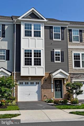 8534 Fortrose Drive, MANASSAS, VA 20109 (#VAPW502522) :: Debbie Dogrul Associates - Long and Foster Real Estate
