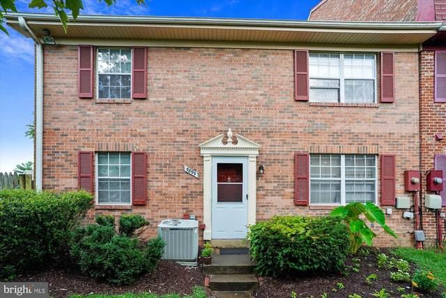 9899 Hagel Circle, LORTON, VA 22079 (#VAFX1149174) :: Debbie Dogrul Associates - Long and Foster Real Estate