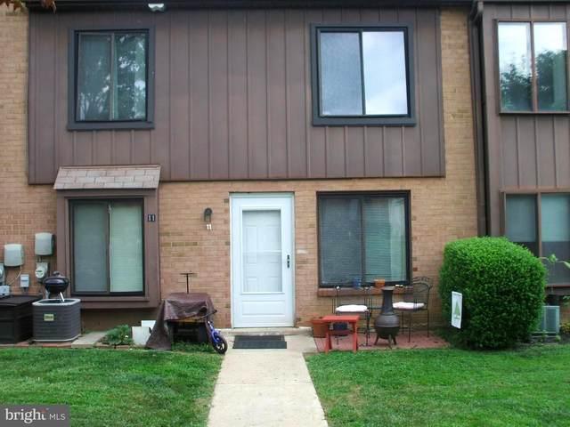 5200 Hilltop Drive E11, BROOKHAVEN, PA 19015 (MLS #PADE525296) :: Kiliszek Real Estate Experts