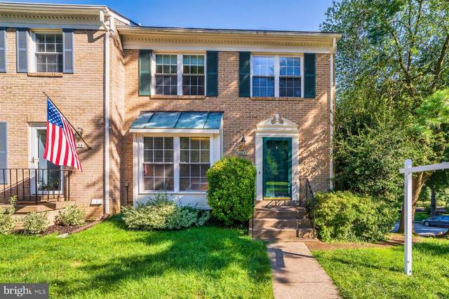 6657 Summer Grape Court, SPRINGFIELD, VA 22152 (#VAFX1149202) :: Debbie Dogrul Associates - Long and Foster Real Estate