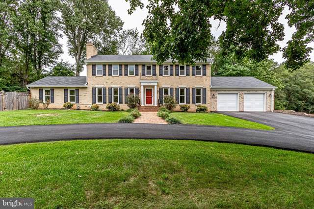 11412 Lapham Drive, OAKTON, VA 22124 (#VAFX1149516) :: Tom & Cindy and Associates