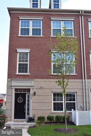 8028 Cayzer Lane, GAINESVILLE, VA 20155 (#VAPW502682) :: Debbie Dogrul Associates - Long and Foster Real Estate
