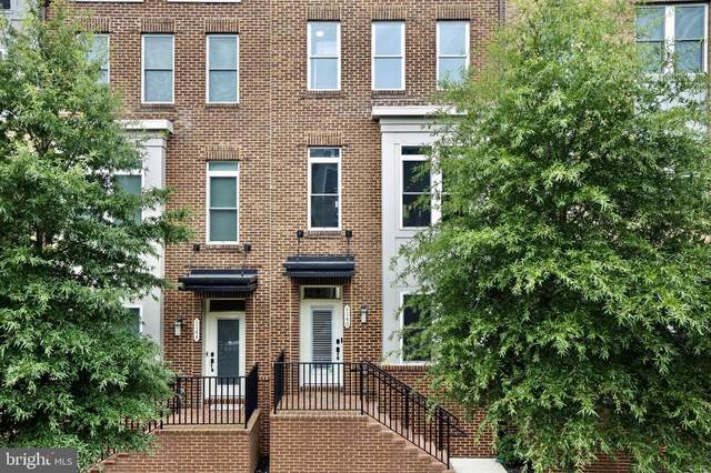 1140 S Lincoln Street, ARLINGTON, VA 22204 (#VAAR168132) :: Debbie Dogrul Associates - Long and Foster Real Estate