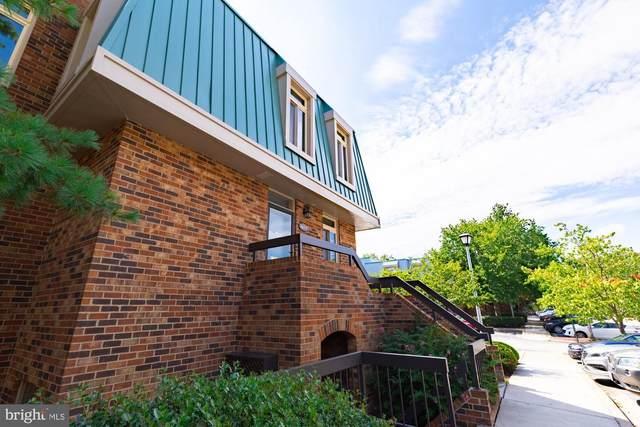 1667 S Hayes Street #2, ARLINGTON, VA 22202 (#VAAR168242) :: Arlington Realty, Inc.