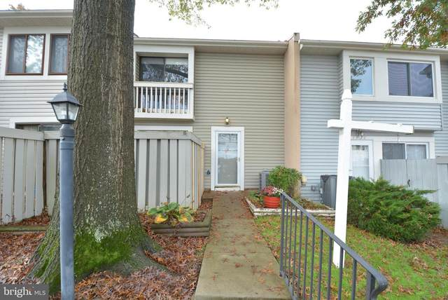 7924 Spring Forest Court, SPRINGFIELD, VA 22152 (#VAFX1150176) :: Debbie Dogrul Associates - Long and Foster Real Estate