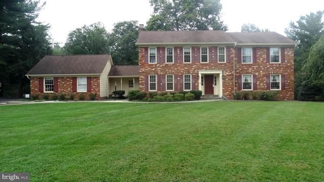 9414 Brian Jac Court, GREAT FALLS, VA 22066 (#VAFX1150236) :: Certificate Homes