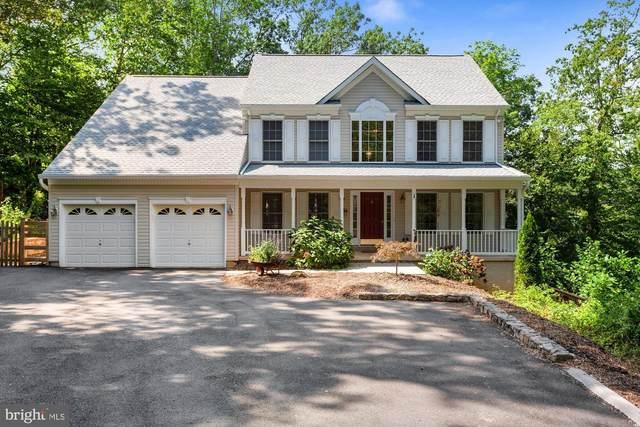 8115 Knightshayes Drive, MANASSAS, VA 20111 (#VAPW502956) :: Crossman & Co. Real Estate