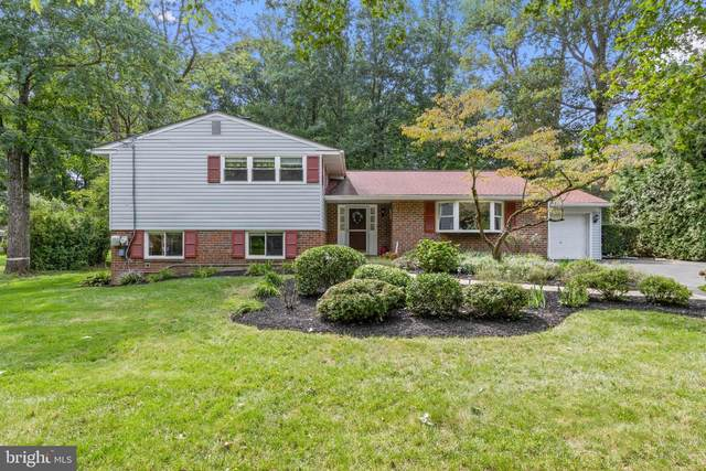 304 Ellis Lane, WEST CHESTER, PA 19380 (#PACT514584) :: Pearson Smith Realty