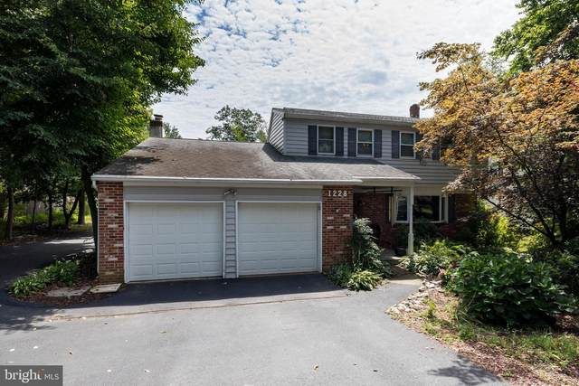 1228 Hawthorne Lane, WEST CHESTER, PA 19380 (#PACT514734) :: REMAX Horizons