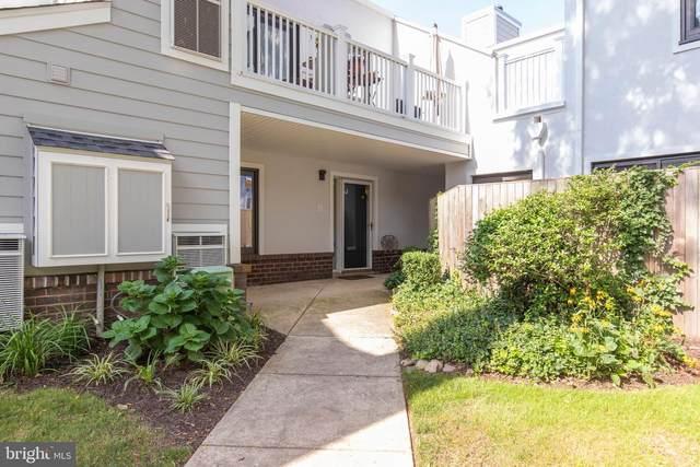1750 Oakwood Terrace 15J, NARBERTH, PA 19072 (MLS #PAMC661430) :: Kiliszek Real Estate Experts