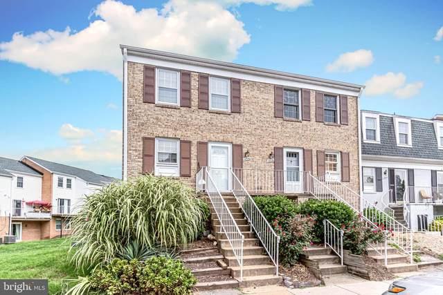 14540 Golden Oak Road, CENTREVILLE, VA 20121 (#VAFX1151068) :: Debbie Dogrul Associates - Long and Foster Real Estate