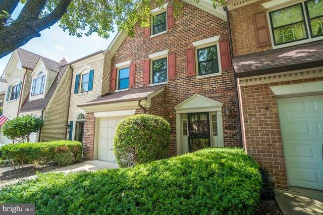 6252 Masefield Court, ALEXANDRIA, VA 22304 (#VAFX1151242) :: Debbie Dogrul Associates - Long and Foster Real Estate