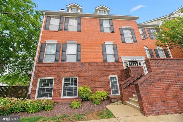 674 Gateway Drive SE #701, LEESBURG, VA 20175 (#VALO419976) :: Debbie Dogrul Associates - Long and Foster Real Estate
