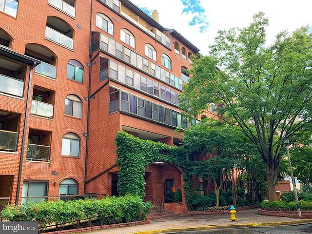 1029 N Stuart Street #318, ARLINGTON, VA 22201 (#VAAR168620) :: The Putnam Group