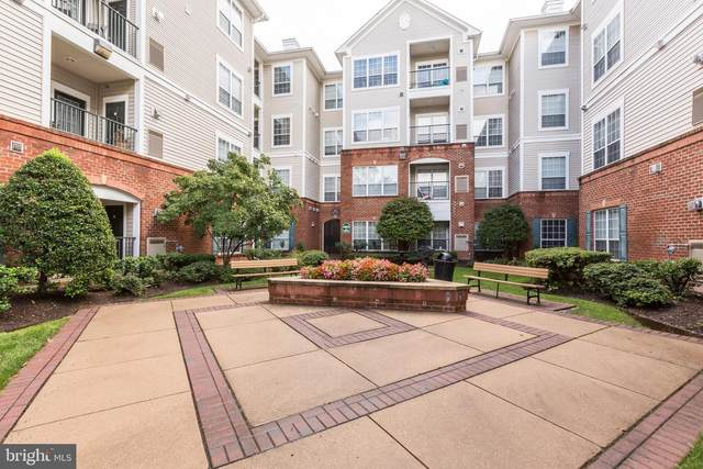 4862 Eisenhower Avenue #366, ALEXANDRIA, VA 22304 (#VAAX250292) :: Crossman & Co. Real Estate
