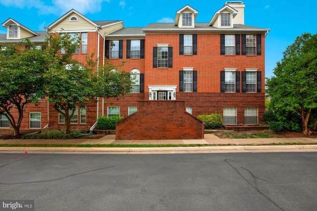 666 Gateway Drive SE #509, LEESBURG, VA 20175 (#VALO420034) :: Debbie Dogrul Associates - Long and Foster Real Estate