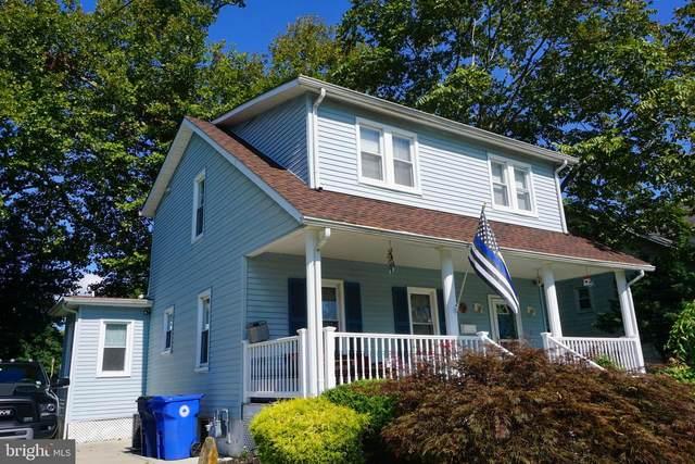 418 Walnut Avenue, LAUREL SPRINGS, NJ 08021 (#NJCD401454) :: John Lesniewski | RE/MAX United Real Estate