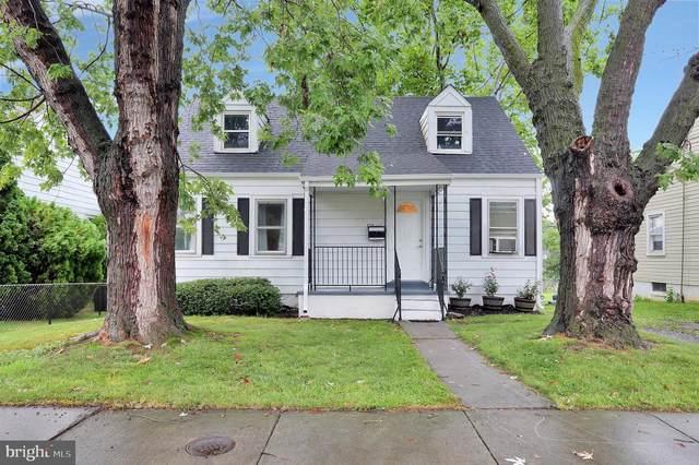 828 W 13TH Street, FRONT ROYAL, VA 22630 (#VAWR141312) :: John Lesniewski | RE/MAX United Real Estate