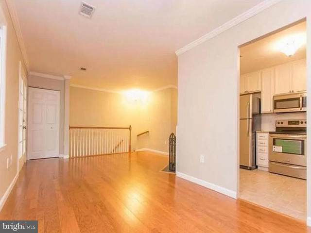 2818 Chablis Circle 5A, WOODBRIDGE, VA 22192 (#VAPW503626) :: Crossman & Co. Real Estate