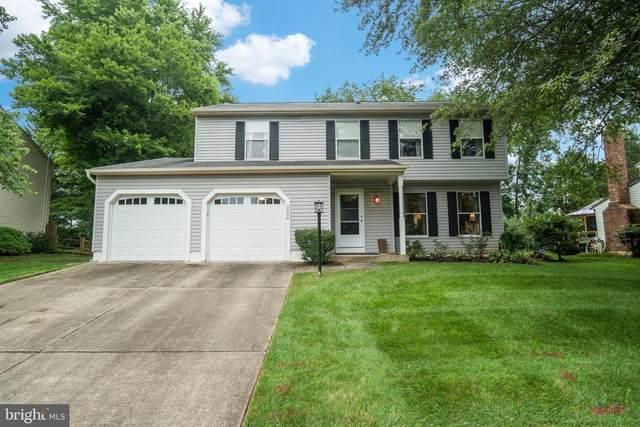 5506 Fence Post Court, CENTREVILLE, VA 20120 (#VAFX1151960) :: Debbie Dogrul Associates - Long and Foster Real Estate