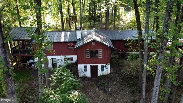 15 Big Bear Lane, HARPERS FERRY, WV 25425 (#WVJF139996) :: Jennifer Mack Properties