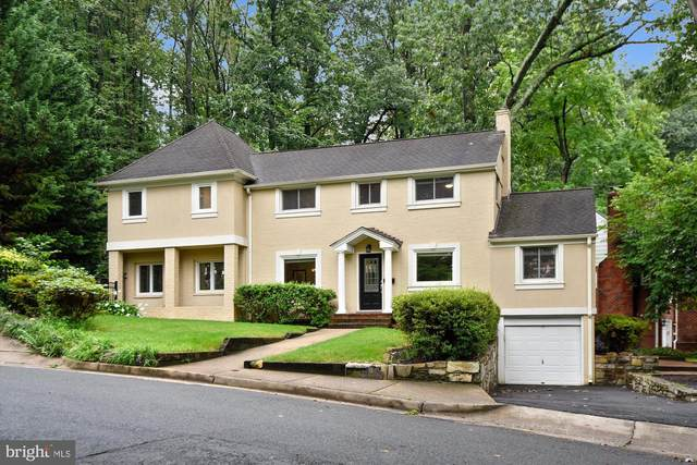 3407 Old Dominion Boulevard, ALEXANDRIA, VA 22305 (#VAAX250428) :: Pearson Smith Realty