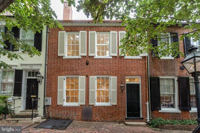 111 Prince Street, ALEXANDRIA, VA 22314 (#VAAX250448) :: Crossman & Co. Real Estate