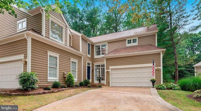 11417 Hollow Timber Way, RESTON, VA 20194 (#VAFX1152298) :: Debbie Dogrul Associates - Long and Foster Real Estate